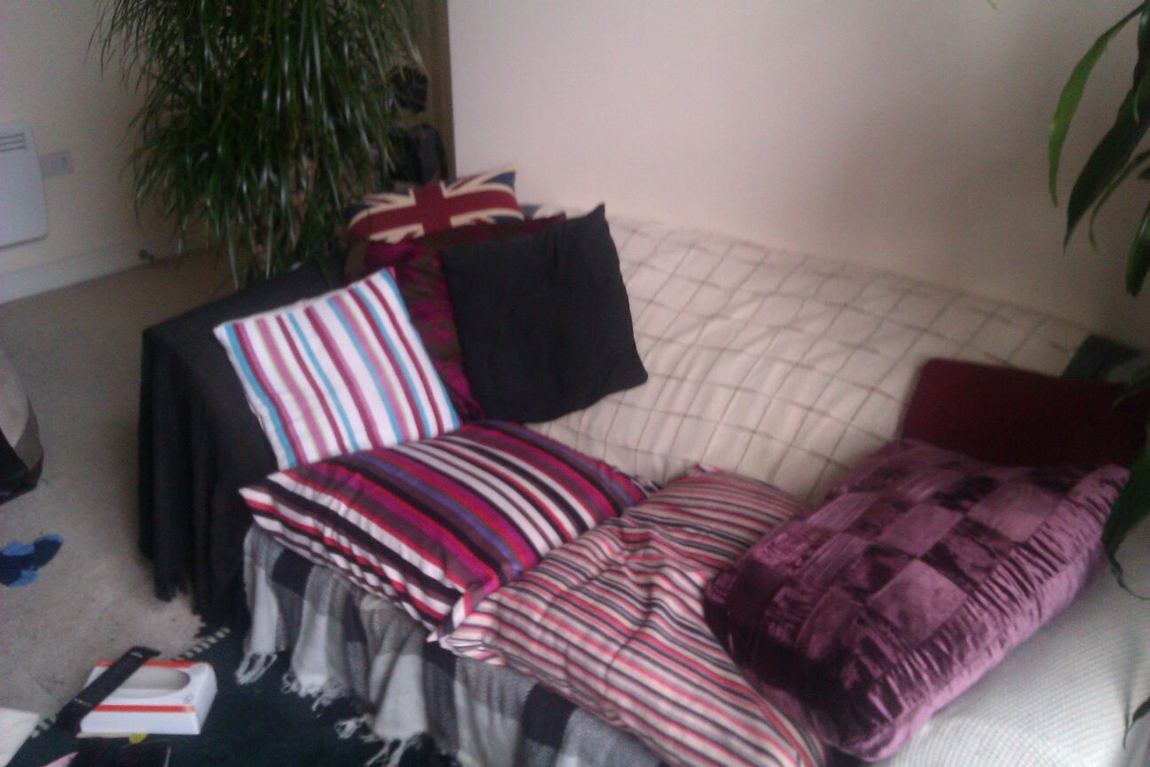 Bed settee.